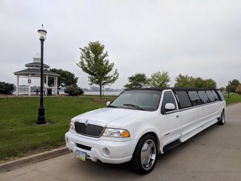 needs TLC 1999 Lincoln Navigator limousine for sale