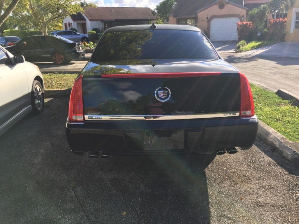 great running 2011 Cadillac DTS S&S limousine