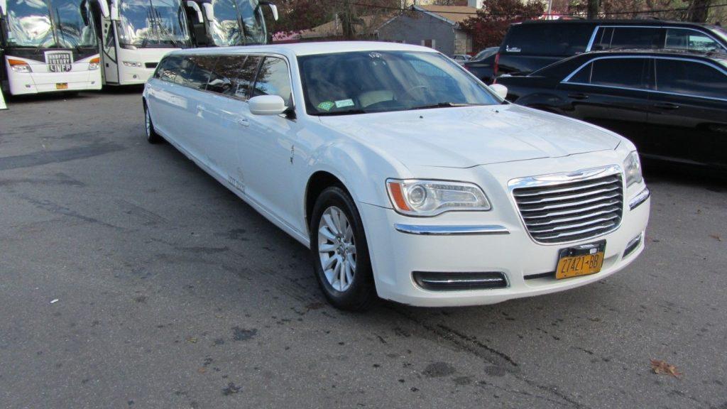 low mileage 2014 Chrysler 300 Series