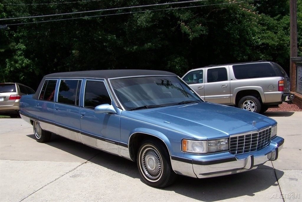 sharp and clean 1995 Cadillac Fleetwood HIGH TOP Limousine