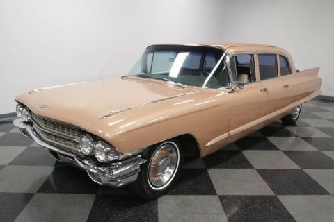 classic luxury 1962 Cadillac Fleetwood 75 limousine for sale