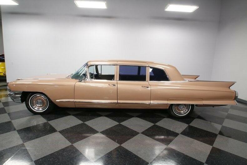 classic luxury 1962 Cadillac Fleetwood 75 limousine