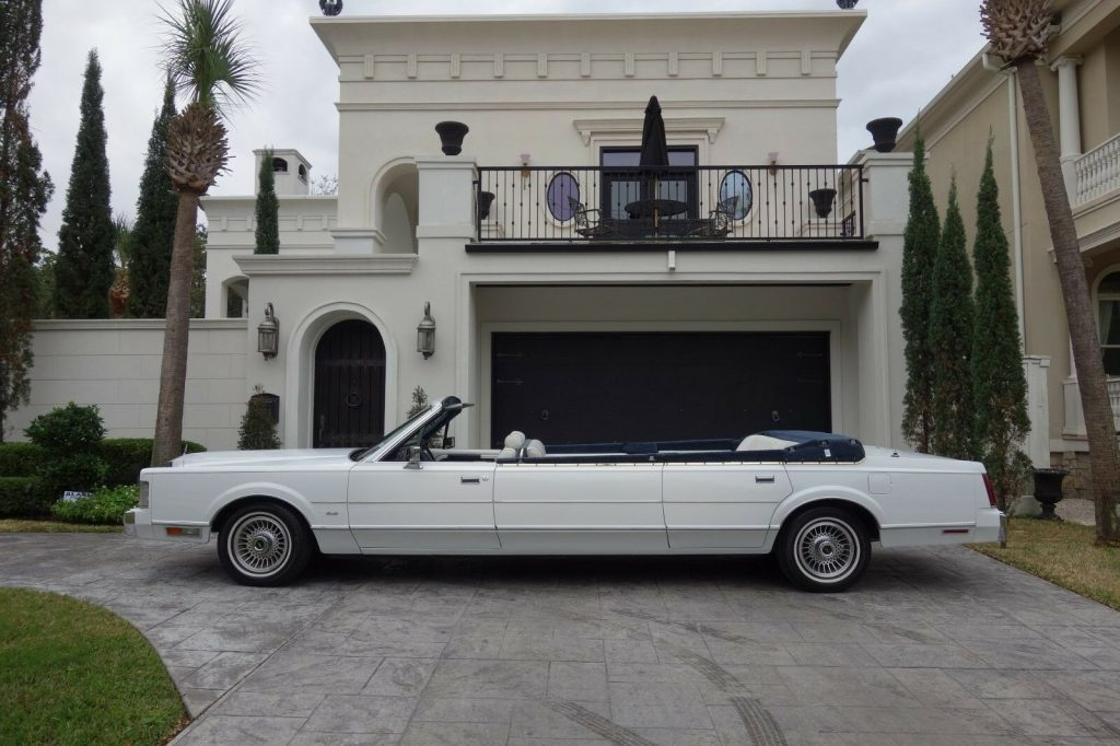 custom built 1987 Lincoln Town Car Limousine