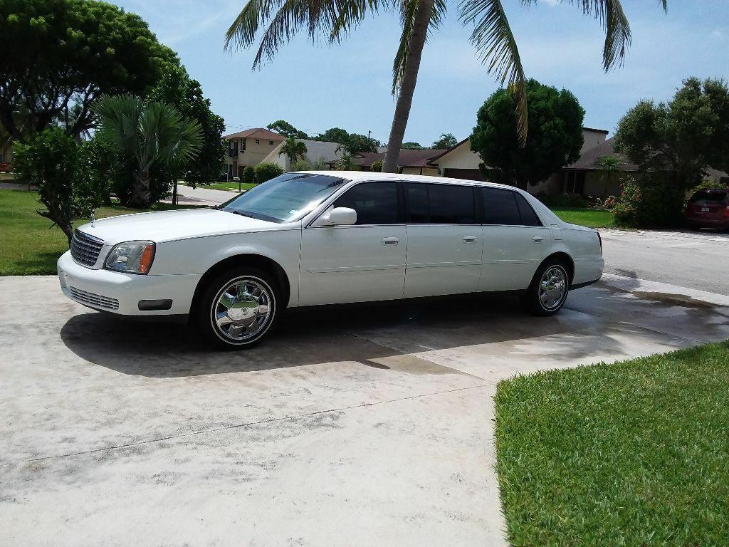 low miles 2004 Cadillac Deville Six Door Limousine