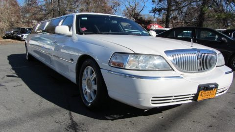 well working 2009 Lincoln Town Car limousine for sale