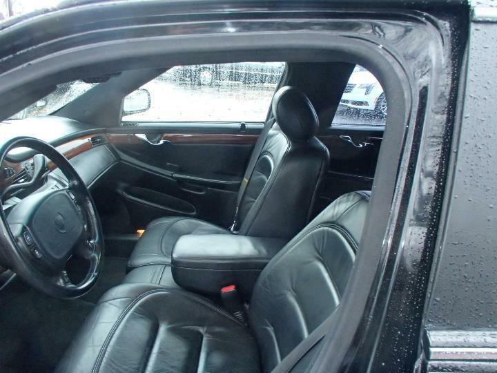 excellent shape 2001 Cadillac Deville Limousine