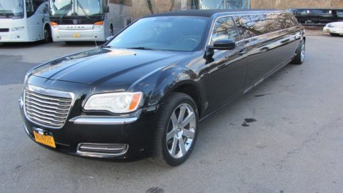 low miles 2013 Chrysler 300 Series Limousine for sale