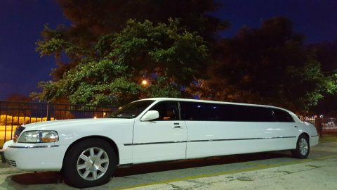 new paint 2007 Lincoln Town Car Limousine for sale