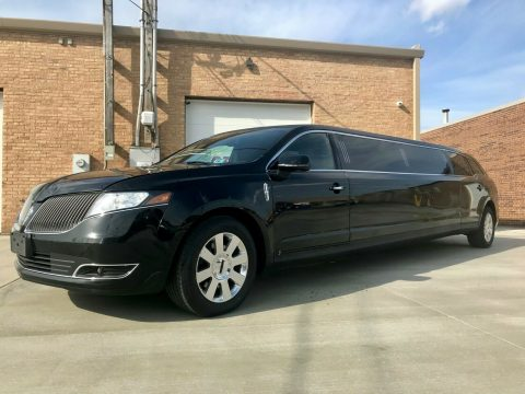 great shape 2015 Lincoln MKT Executive limousine for sale
