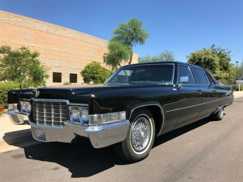 original interior 1969 Cadillac Fleetwood Series 75 Sedan Limousine for sale