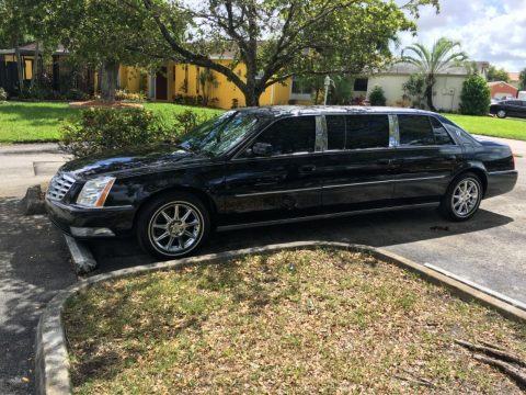 great running 2011 Cadillac DTS limousine for sale