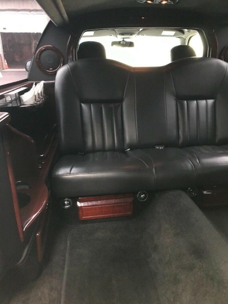 great shape 2008 Lincoln Town Car Limousine