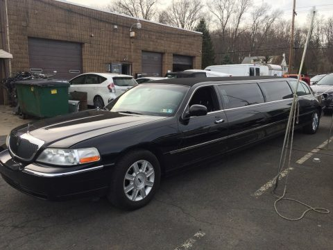great shape 2011 Lincoln Town Car Limousine for sale