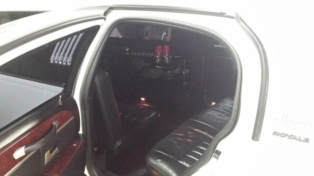 great shape 2004 Lincoln Limousine