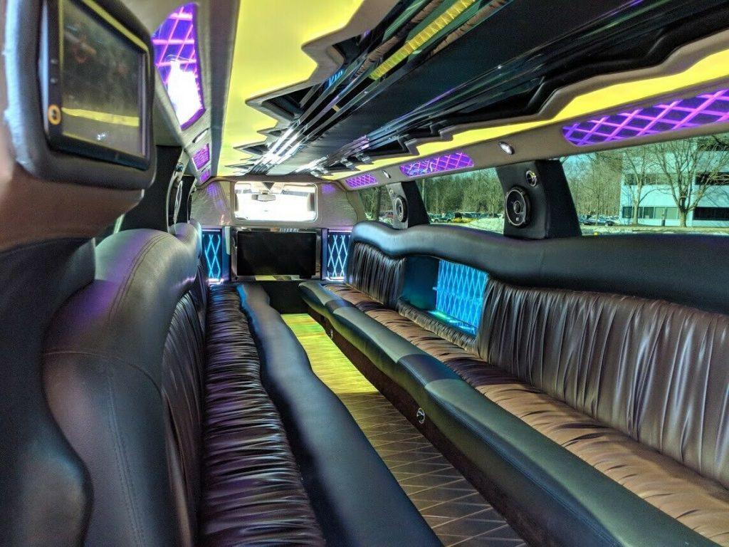 low miles 2015 Chevrolet Suburban limousine