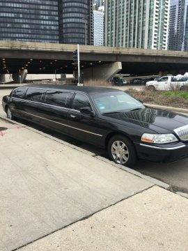 great shape 2011 Lincoln Town Car Executive Limousine for sale