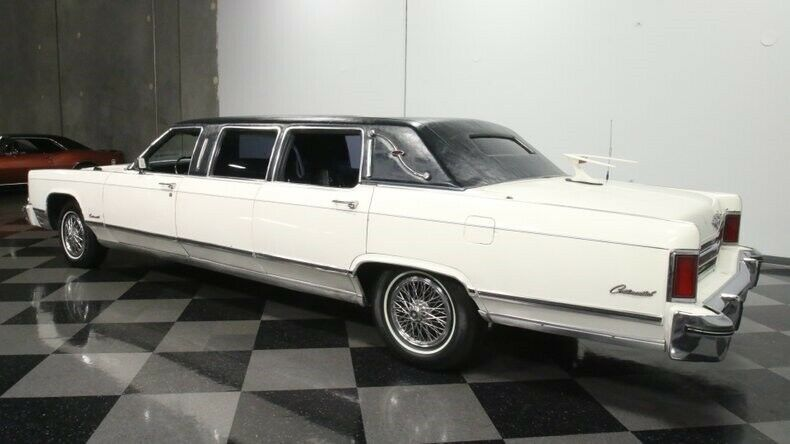 classic vintage 1975 Lincoln Continental Limousine