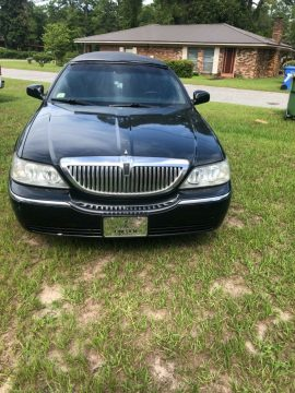 low miles 2003 Lincoln Town Car Limousine for sale