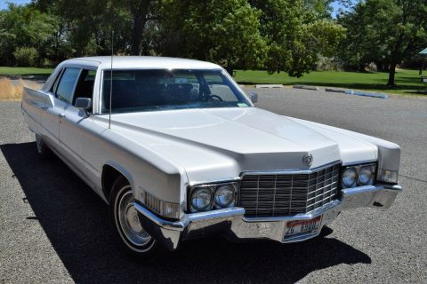 very nice and clean 1969 Cadillac Fleetwood Limousine for sale