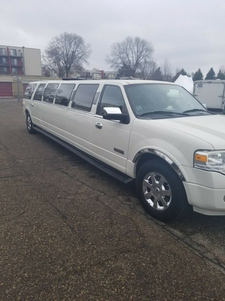 excellent shape 2008 Ford Expedition Limousine