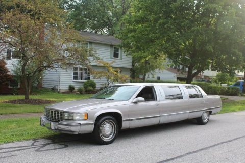 great shape 1996 Cadillac Fleetwood Limousine for sale