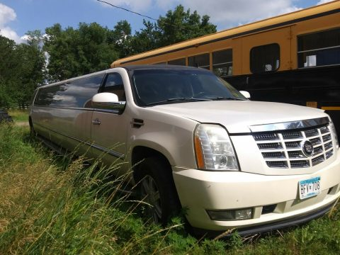 good shape 2007 Cadillac Escalade Limousine for sale