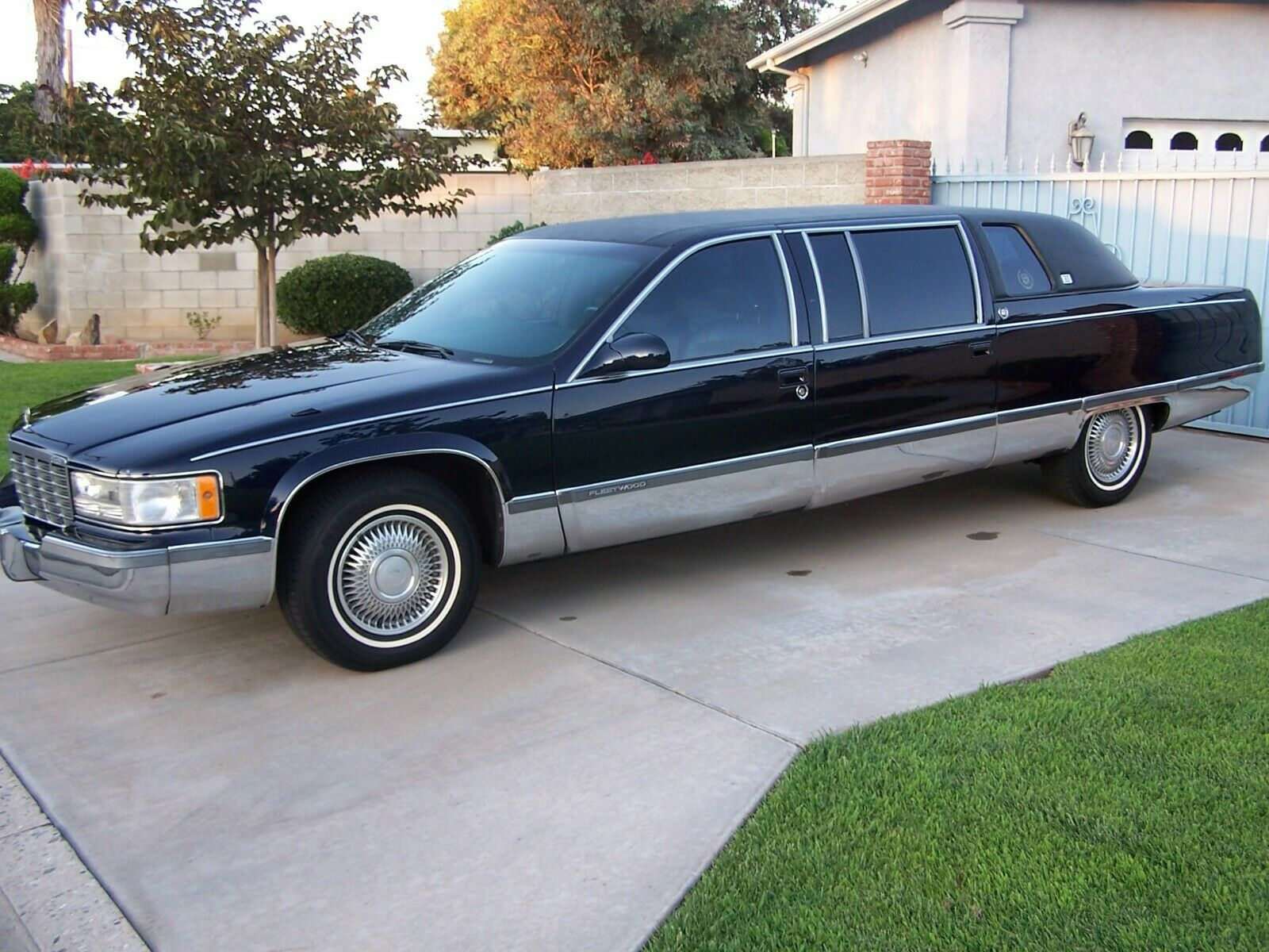 garaged 1995 cadillac fleetwood limousine for sale