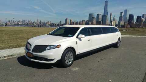 loaded 2014 Lincoln MKT limousine for sale
