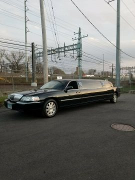 new parts 2004 Lincoln Town Car Limousine for sale