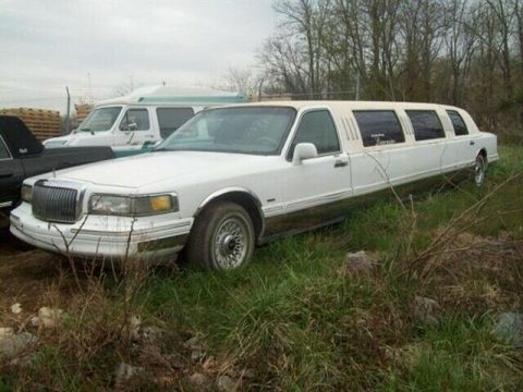 solid 1996 Lincoln Town Car Executive Limousine for sale