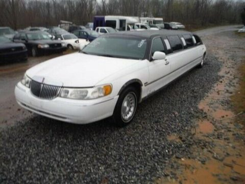 solid 2000 Lincoln Town Car LIMOUSINE for sale